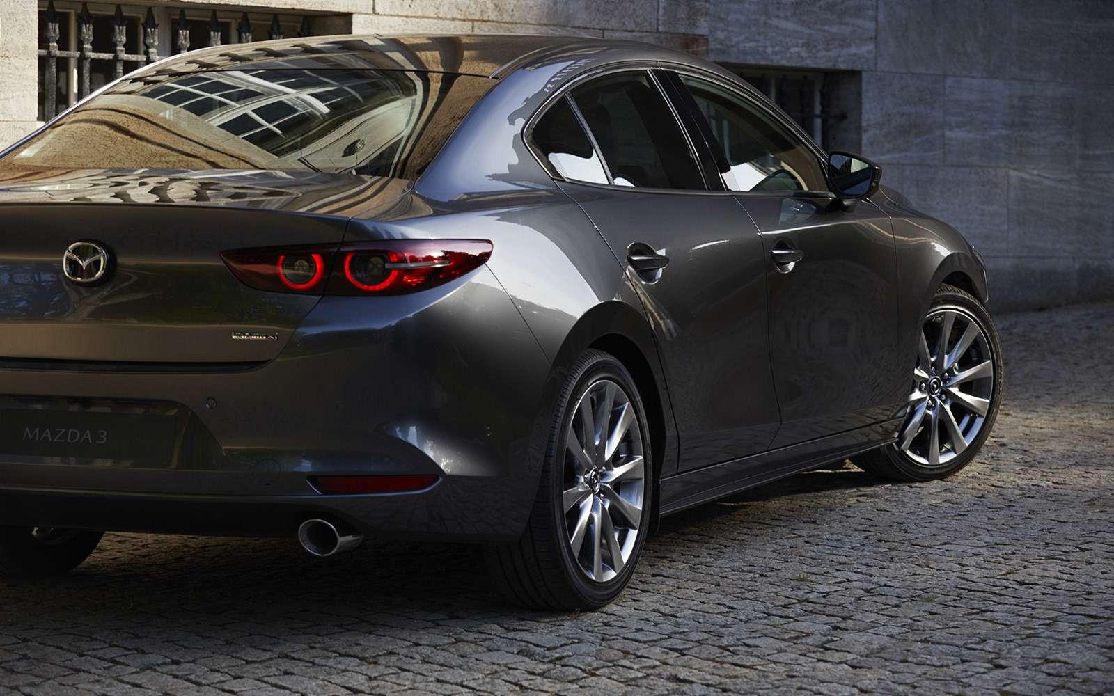 Новая Mazda 3: рассматриваем вдеталях совсех сторон— фото 928222
