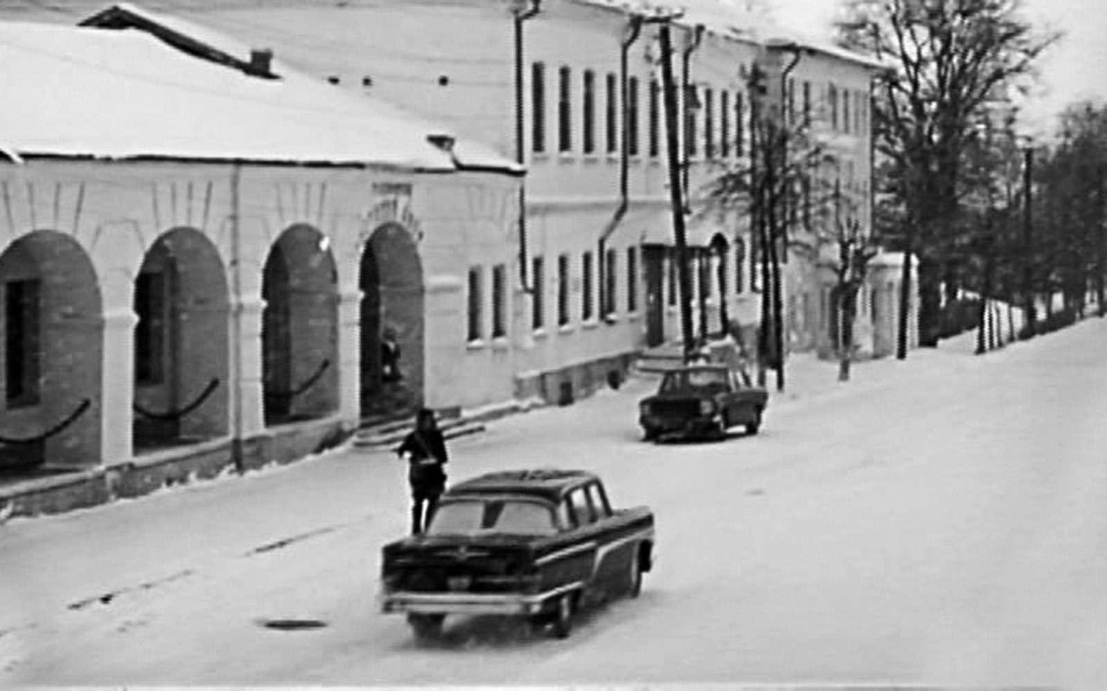 Крылья Советов: догоняем Америку наЧайке ГАЗ-13— фото 692193