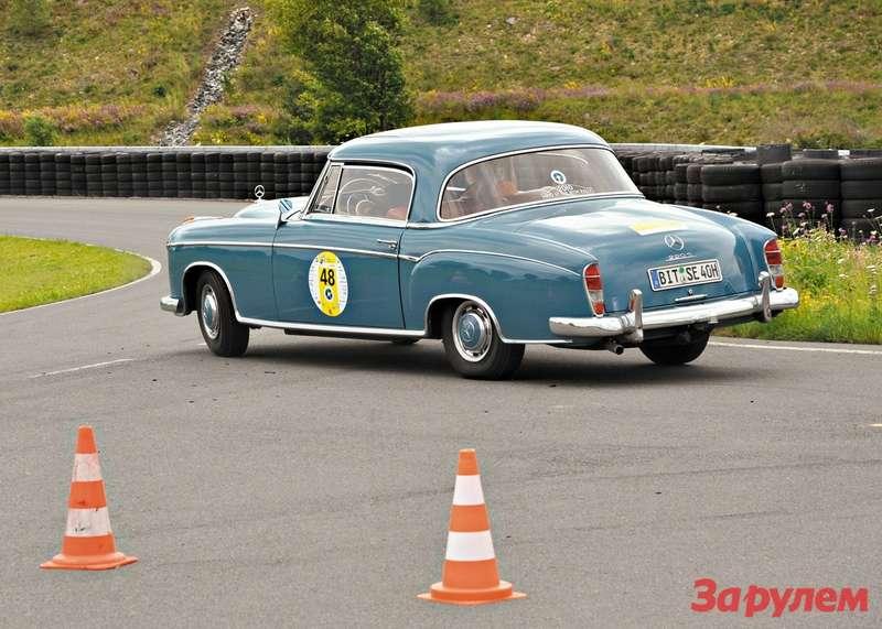 Mercedes-Benz  220SE Coupe 1960 год