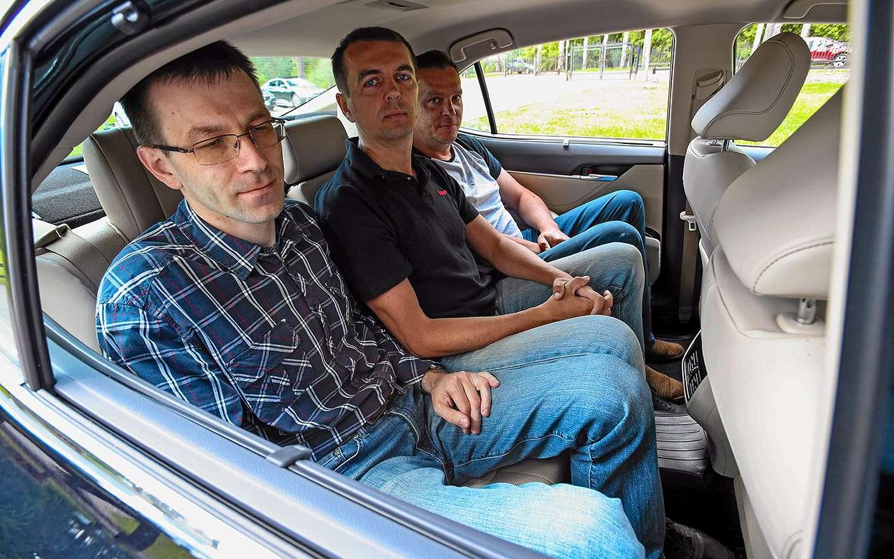 Toyota Camry против конкурентов— сравнительный тест— фото 882441