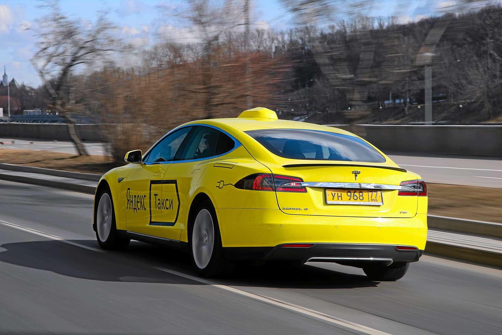 Такси-тест Tesla Model SP85: деньги изрозетки— фото 598035