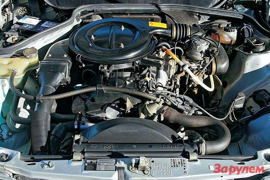 Базовый бензиновый мотор семейства W201 развивал 102 л.с. дизельный— 75л.с. Моторный отсек— мечта ремонтника.