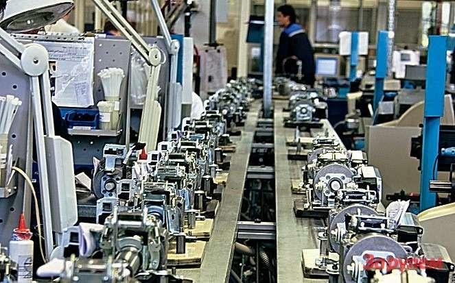 Мощность завода— 100 тыс. усилителей вгод, но«Автоэлектроника» мечтает о300 тысячах.
