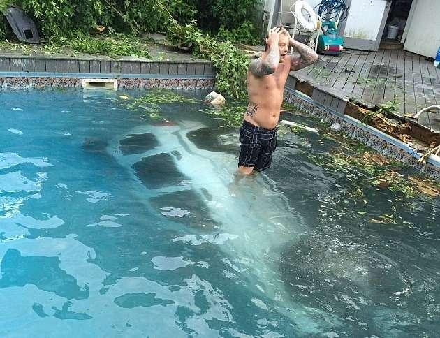 демотиваторы мытье бассейна прогулочной зоны