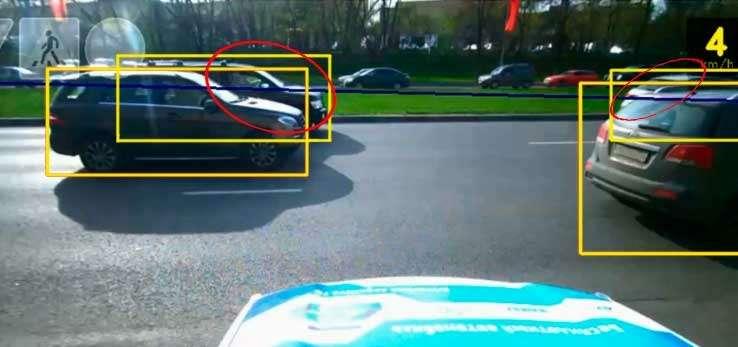 Автомобили-роботы научились распознавать дорожные знаки— фото 752678