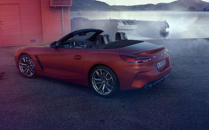 Облик BMW Z4 раскрыли до премьеры