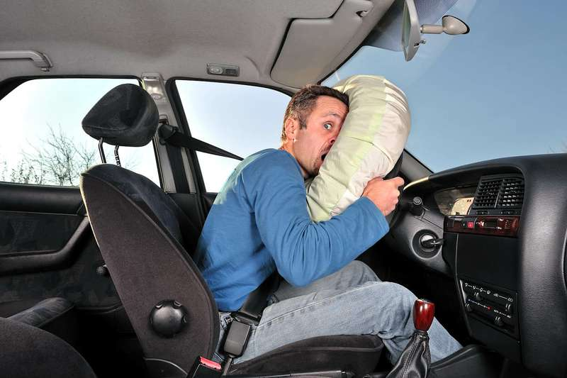 Срабатывание подушки безопасности