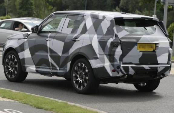 201208071530_next_land_rover_range_rover_sport_test_prototype_side_rear_view_no_copyright-575x375_no_copyright