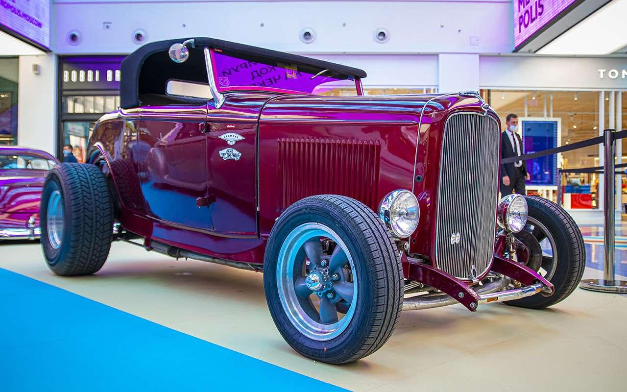 Бэтмобиль и другие прикольные машины (17 фото с выставки) - фото 1168692