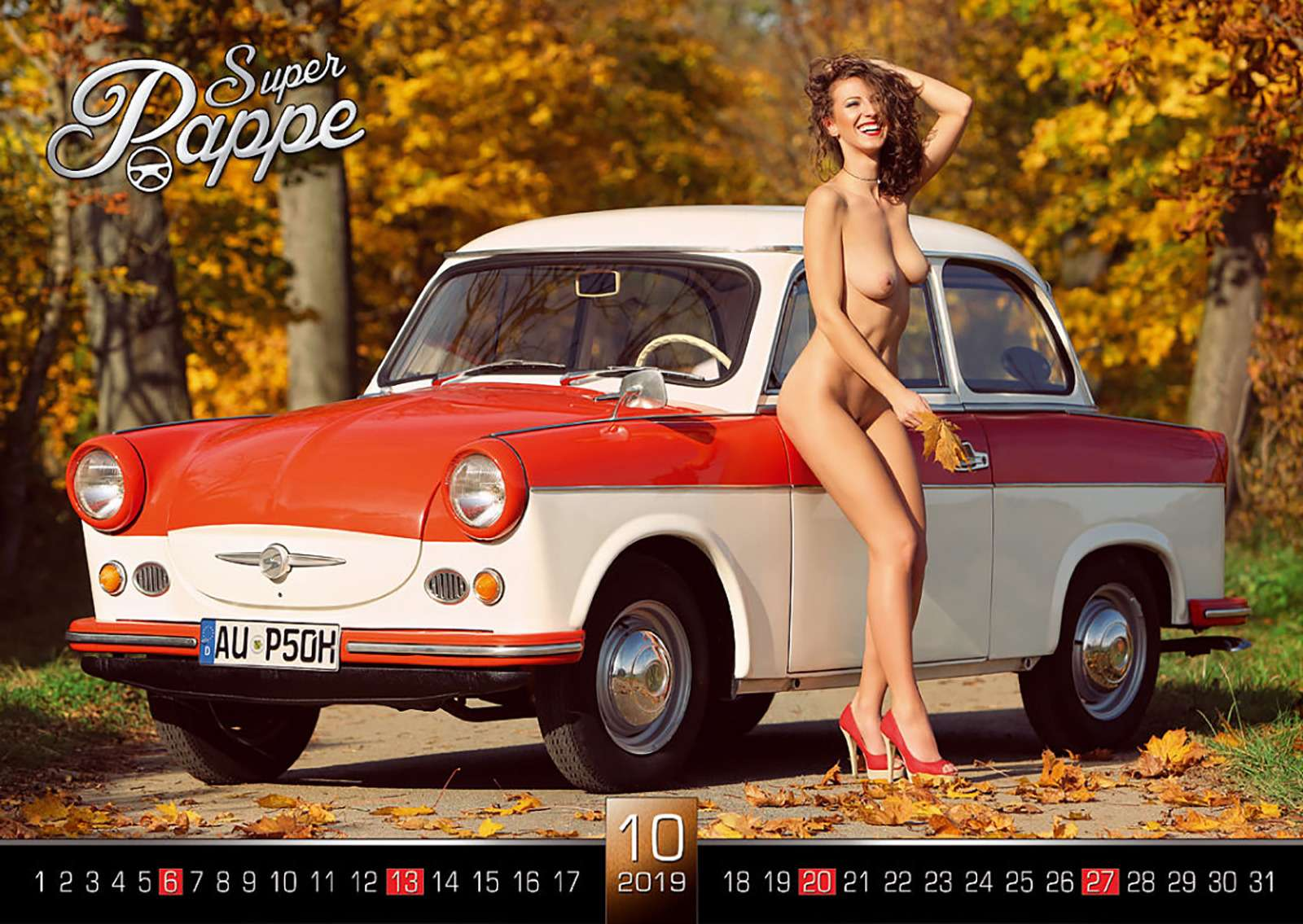 «Траби» иобнаженные девушки: самый горячий эротический календарь осени— фото 911094