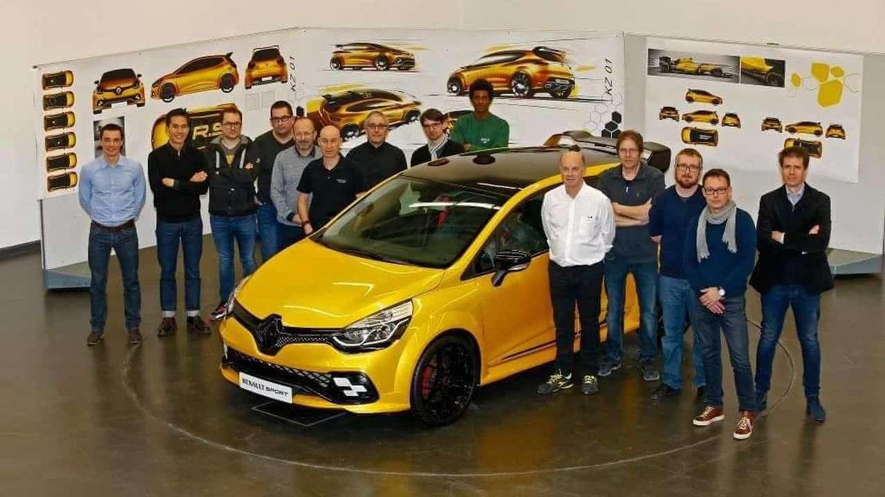Новый Renault Clio RSбудет карать ипокорять— фото 590455