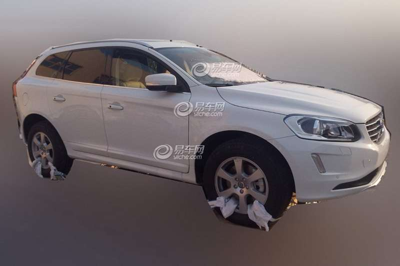 Restyled Volvo XC60 side-front view_no_copyright