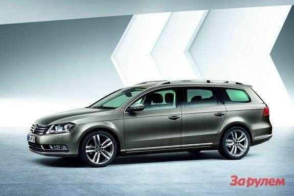 Volkswagen Passat Estate side-front view