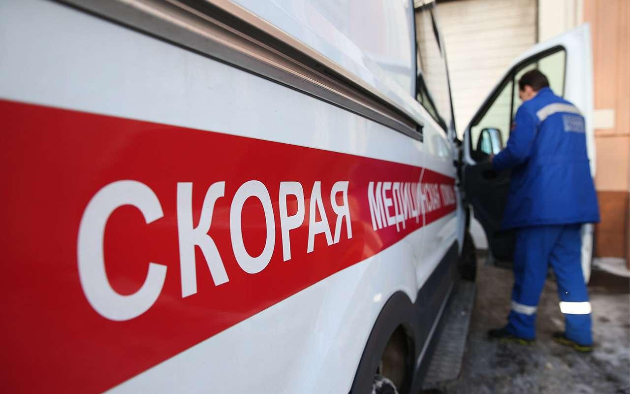 ВГосдуме предложили наградить врача скорой, сломавшего шлагбаум