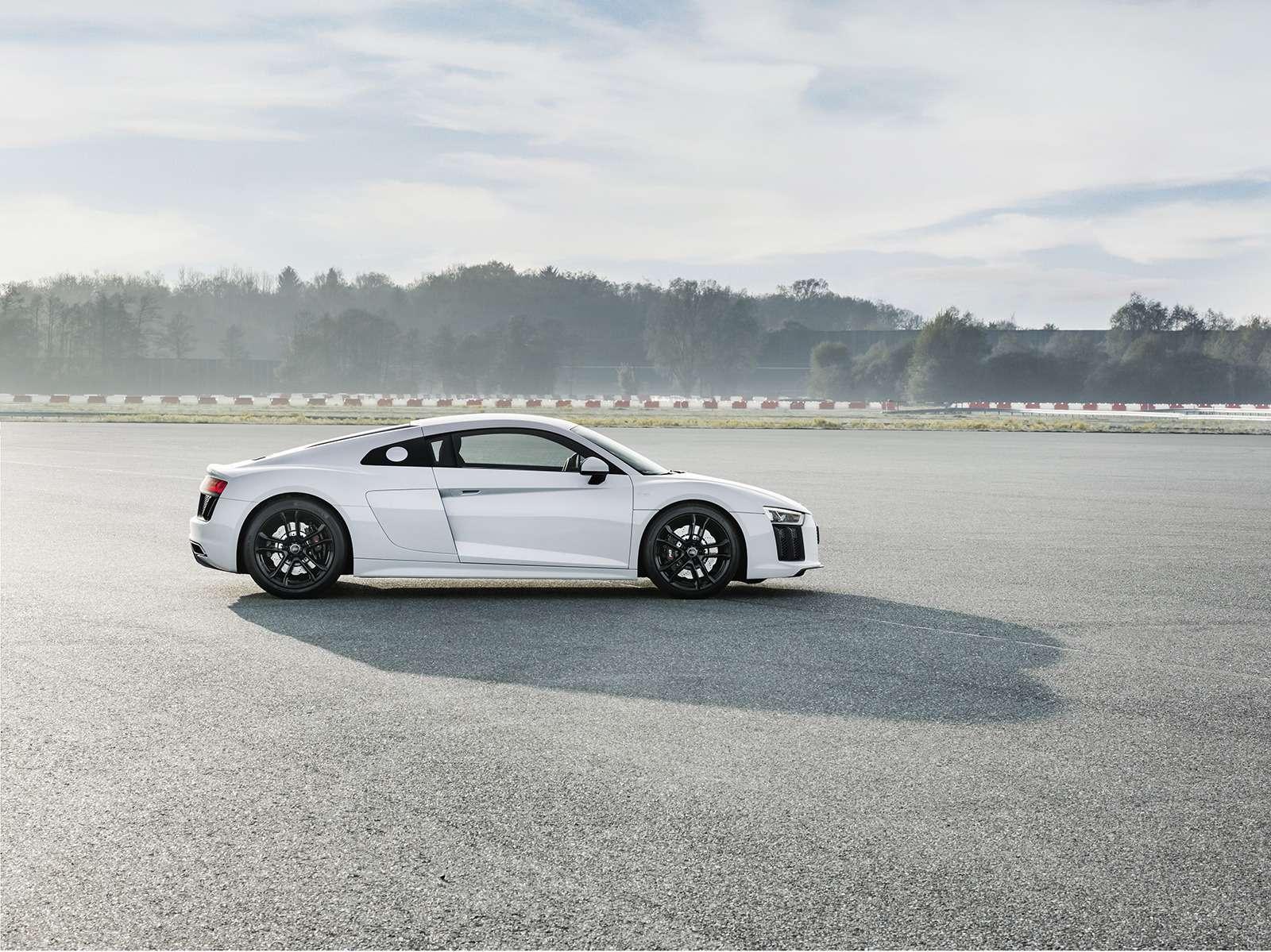 Audi показала свою первую заднеприводную модель— фото 793558