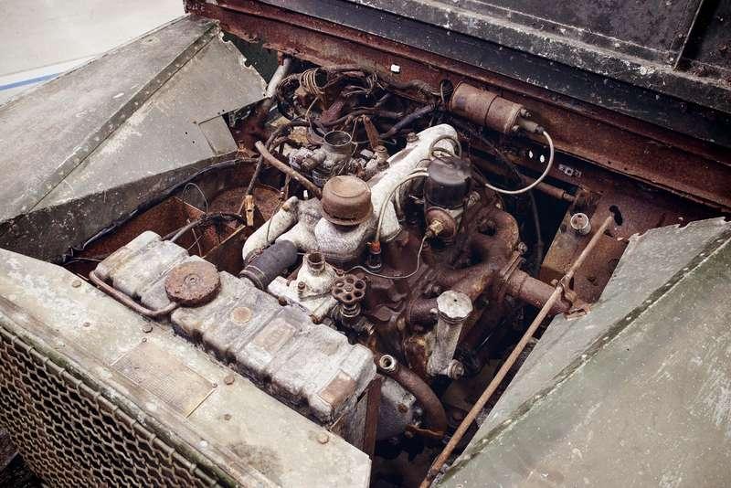 Land Rover нашел первый выпущенный компанией внедорожник