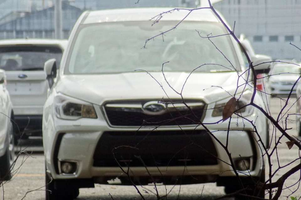 New Subaru Forester front view_no_copyright