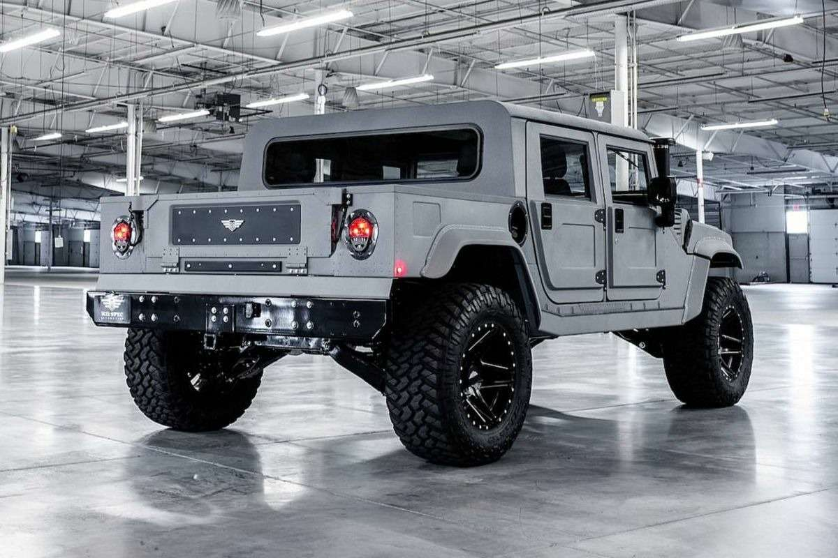 Возвращение «кувалды»: улучшенный Hummer H1поступил впродажу— фото 894632