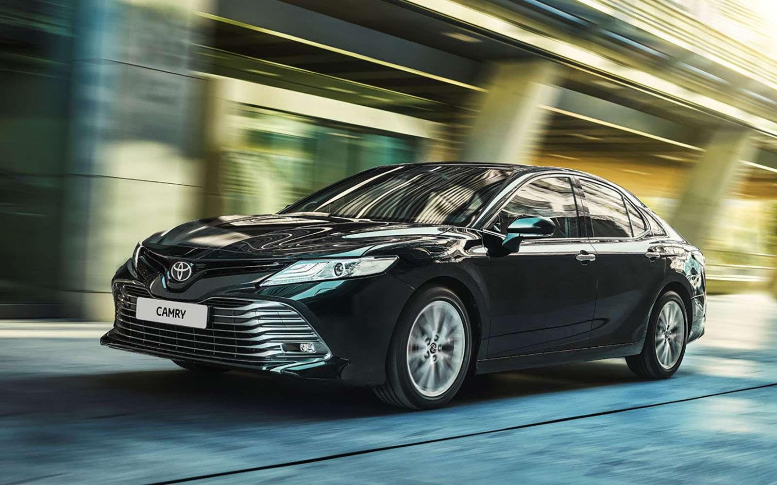 Toyota Camry: названы российские цены. Напервый взгляд, стало дешевле— фото 859040