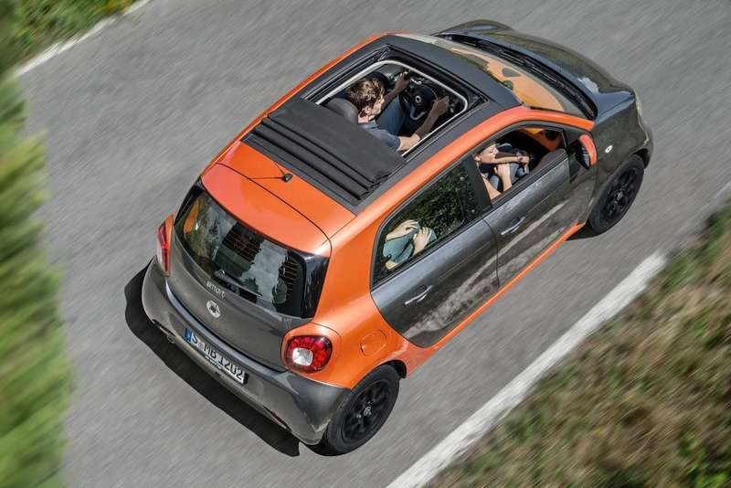 2015-Smart-ForTwo-ForFour-71