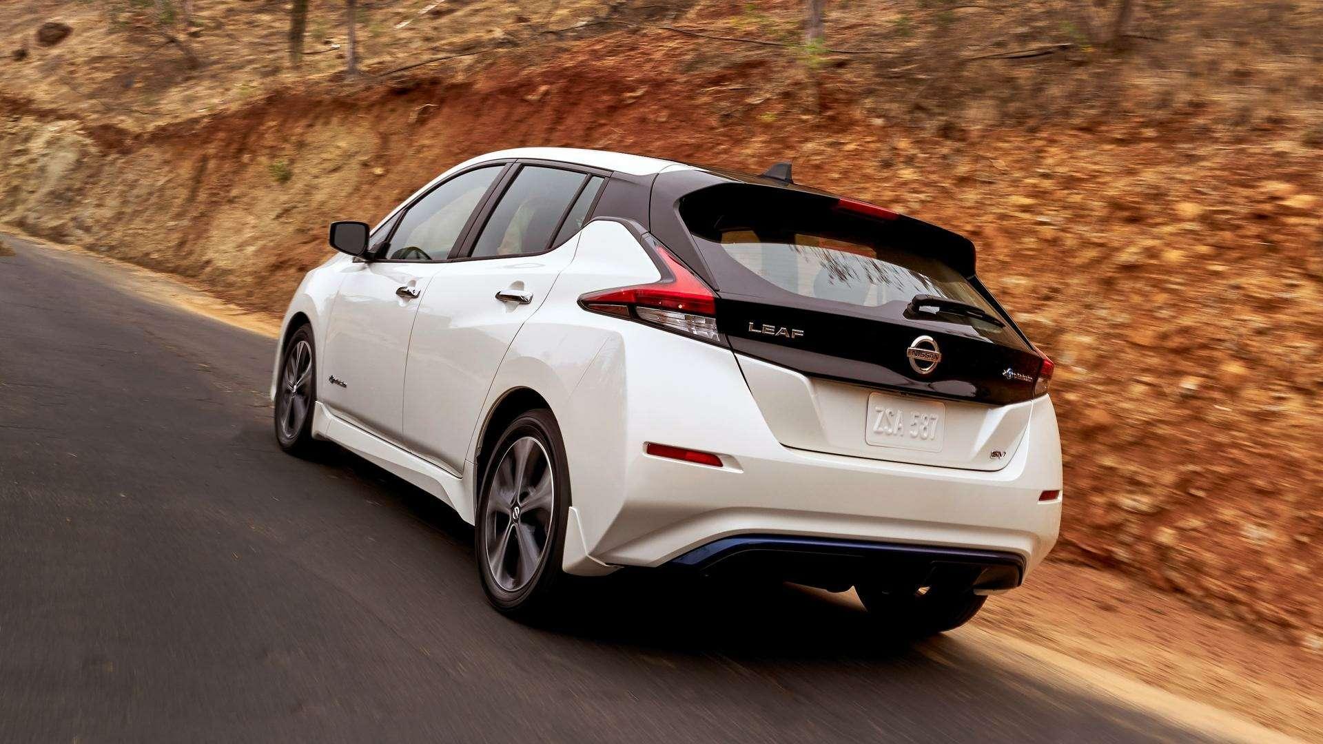Nissan представил электромобиль дляРоссии— фото 791443
