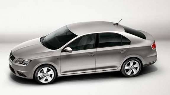 SEAT Toledo side view