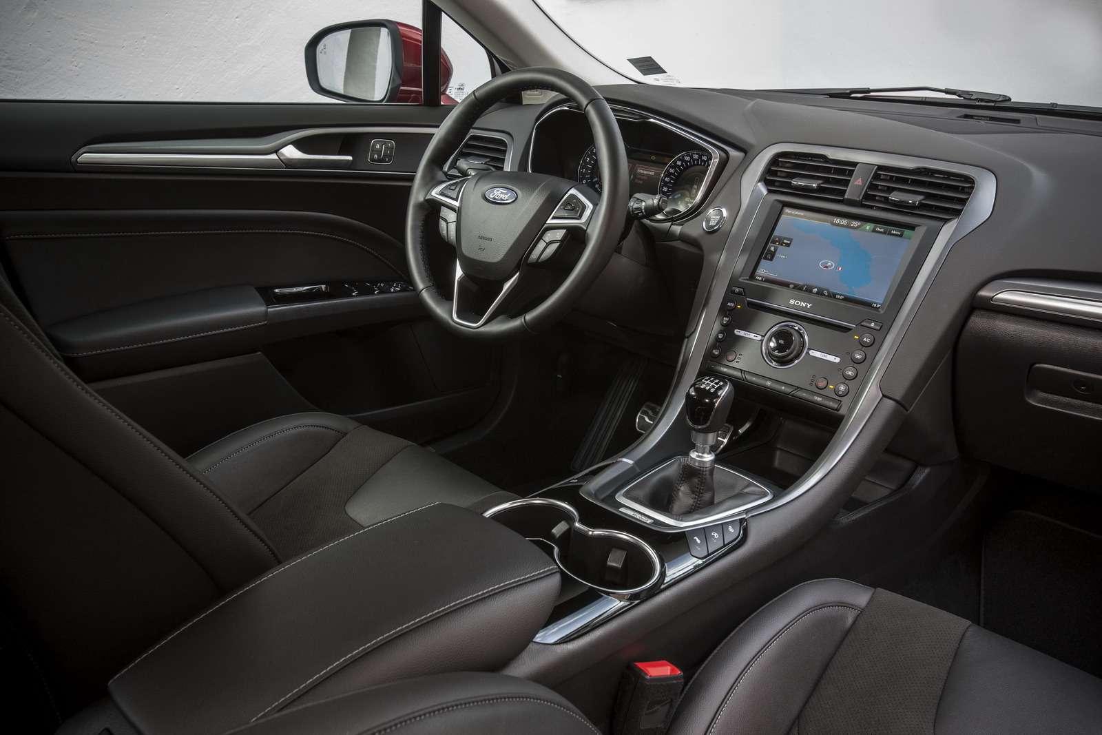 FordMondeo-5Door_29_новый размер