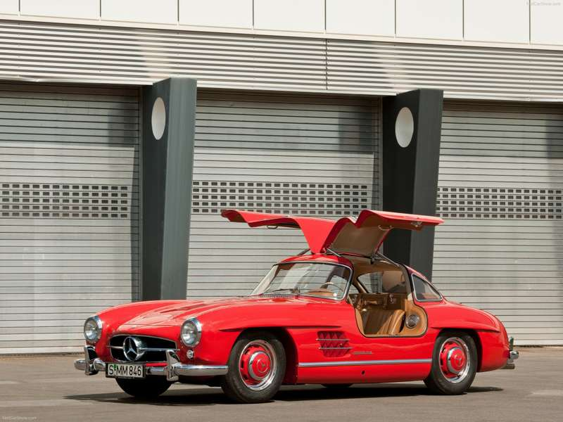 5 Mercedes Benz 300 SL Gullwing 1954 no copyright