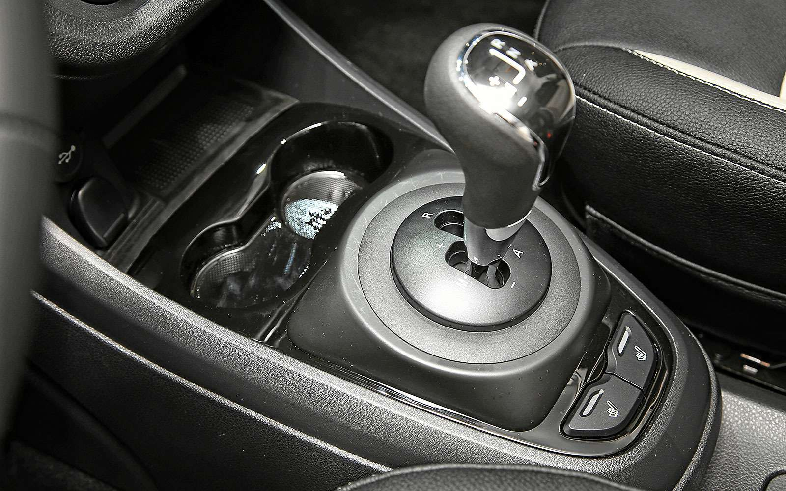 Интерьер Lada Vesta Exclusive