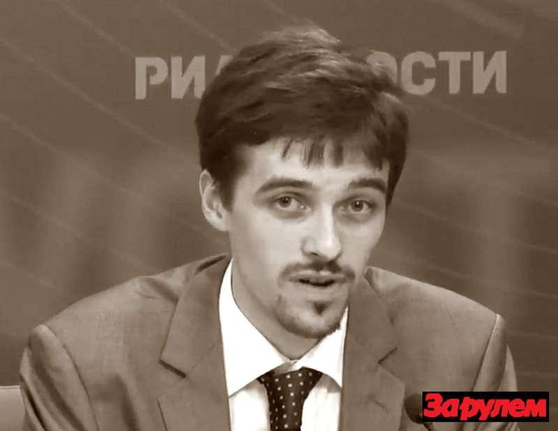 Цена бензина: подорожает или подскочет? zr.ru