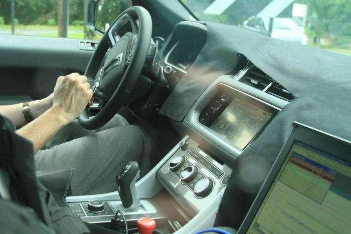 NewRange Rover Sport test prototype inside