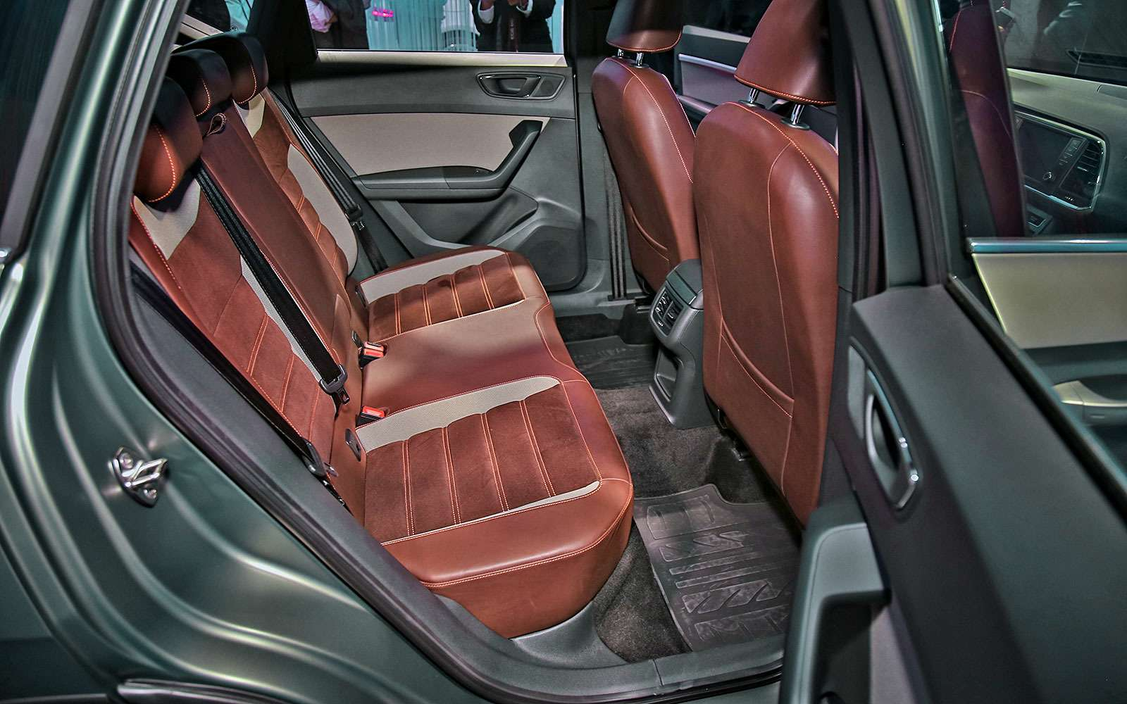 Игра вконцепт: SEAT Ateca X-Perience рвется наконвейер— фото 641556