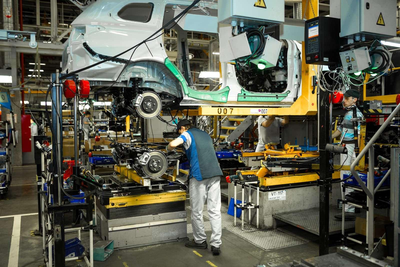 Почему локализованные вКалуге автомобили недешевеют— фото 573406