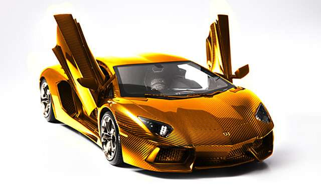 gold-platinum-and-diamond-encrusted-lamborghini-aventador-lp-700-4-model