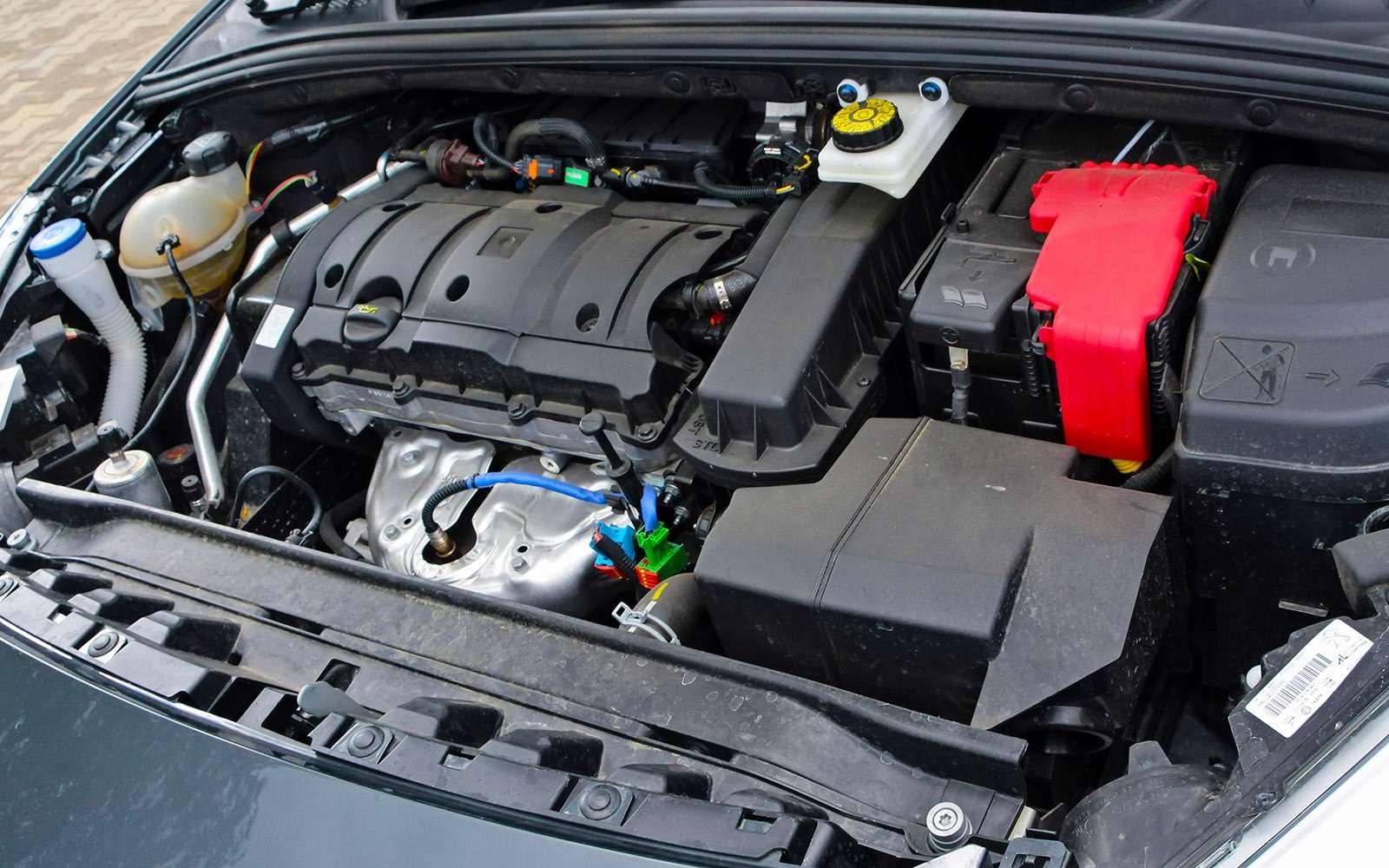 Обновленный Peugeot 408— тест-драйв ЗР— фото 779138