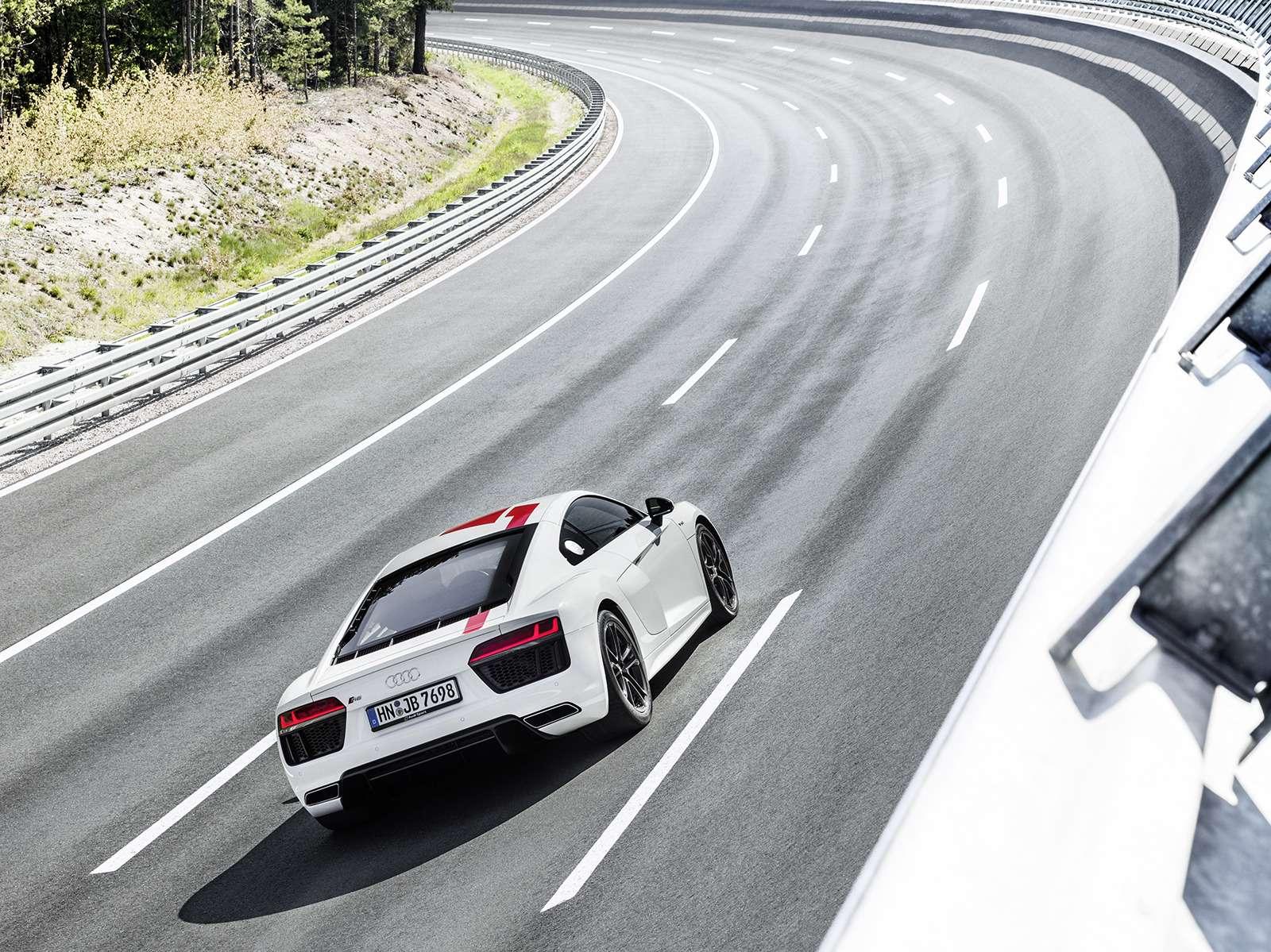 Audi показала свою первую заднеприводную модель— фото 793574