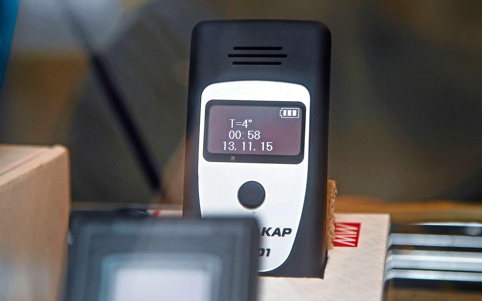 Экспертиза алкометров иалкотестеров: втрубочку дует... робот— фото 622849