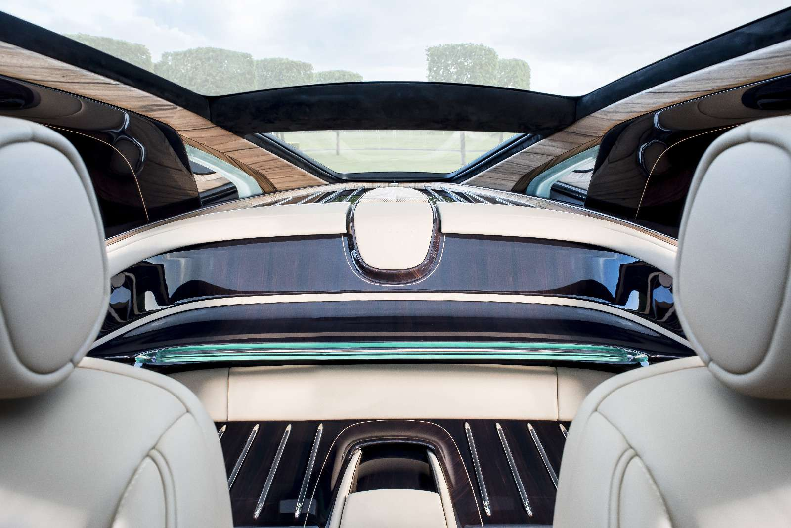 Rolls-Royce Sweptail: хозяин заплатил занего «страшную» цену— фото 757953