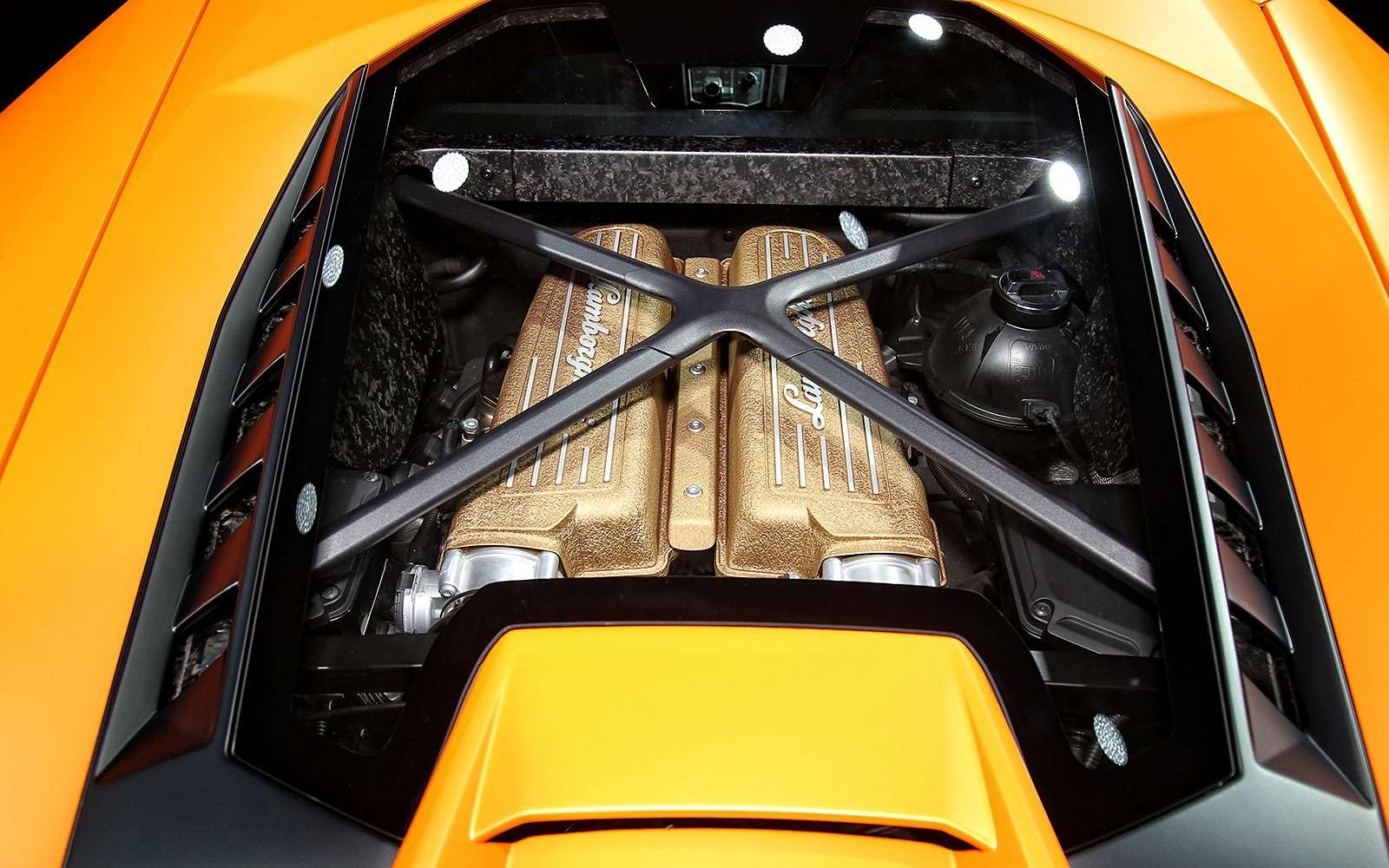 Тайны чемпиона: Lamborghini представила суперкар Huracan Performante— фото 717337