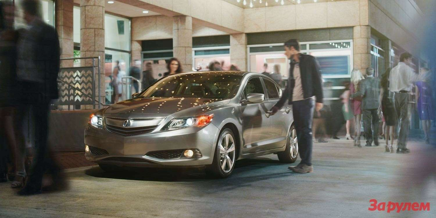 2014ilx exterior 5speed automatic with premium package insilver moon three ilx