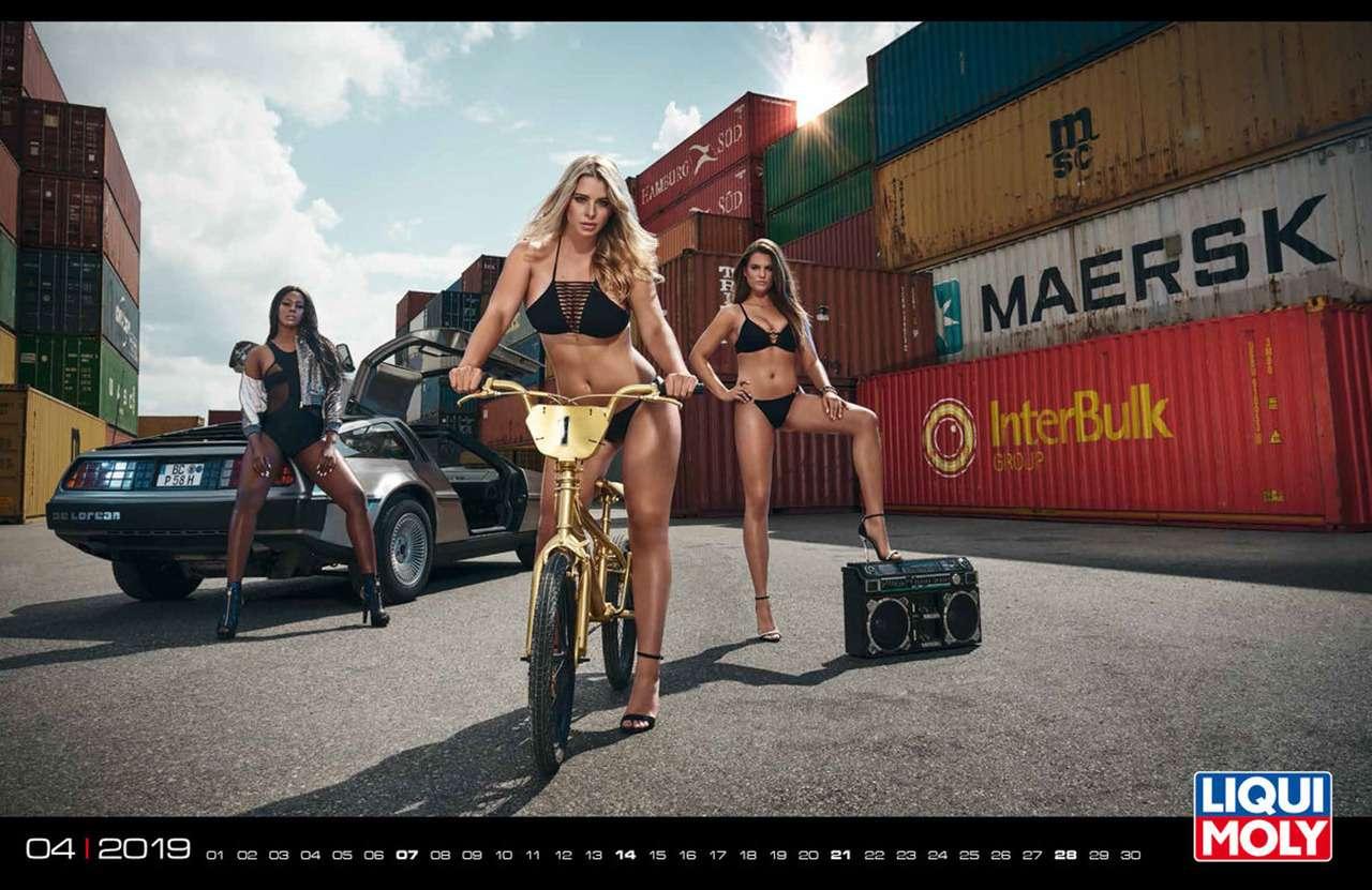 Девушки игорячие спорткары: Liqui Moly показала новый календарь— фото 904948