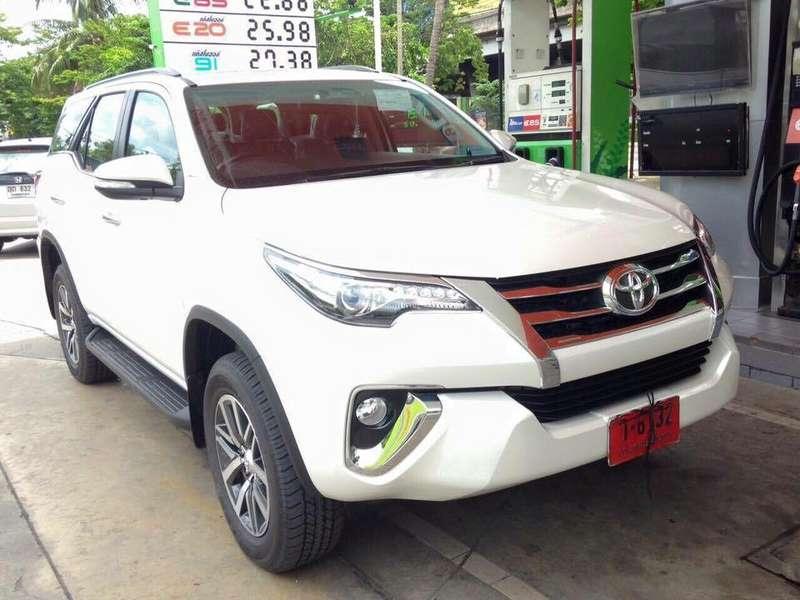 Toyota Fortuner6