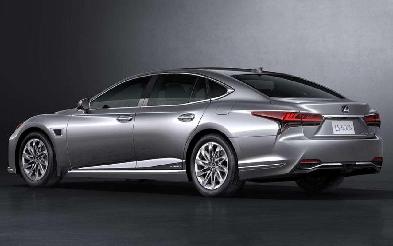 Lexus обновил флагманский седан LS— фото 1143879