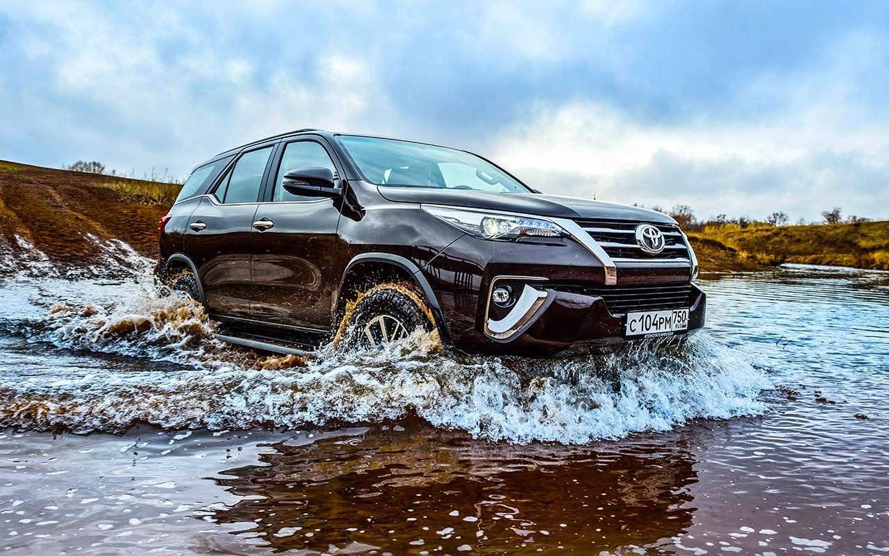 Новый Toyota Fortuner— тест-драйв ЗР— фото 837316
