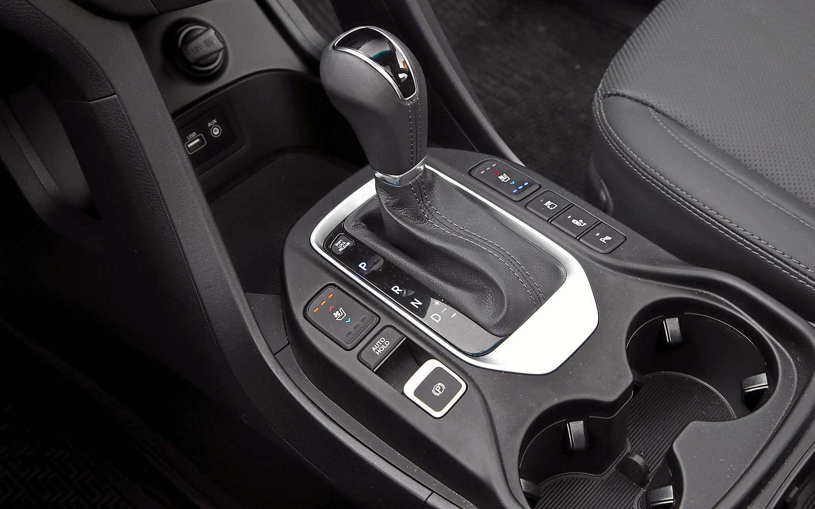 Новый Renault Koleos против конкурентов: буржуа, лесник иленивец— фото 780195