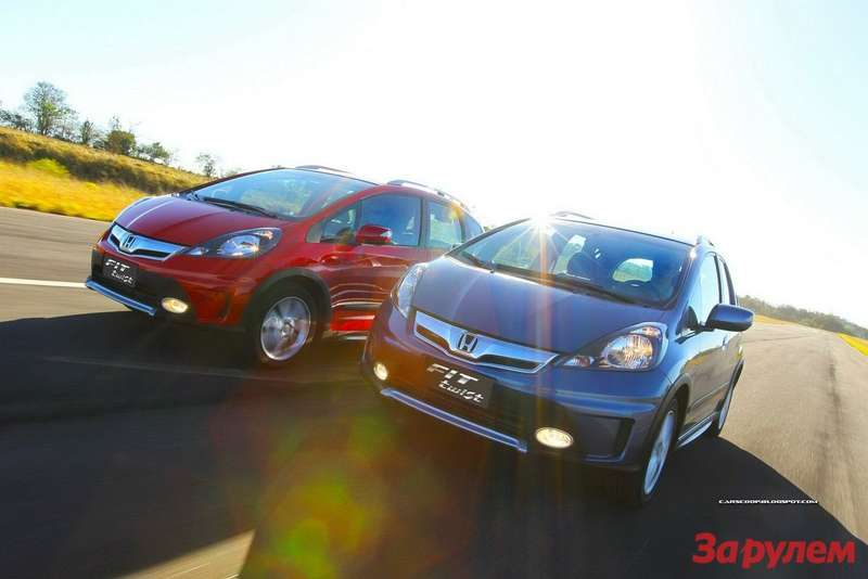 2013-Honda-Fit-Twist-6[2]