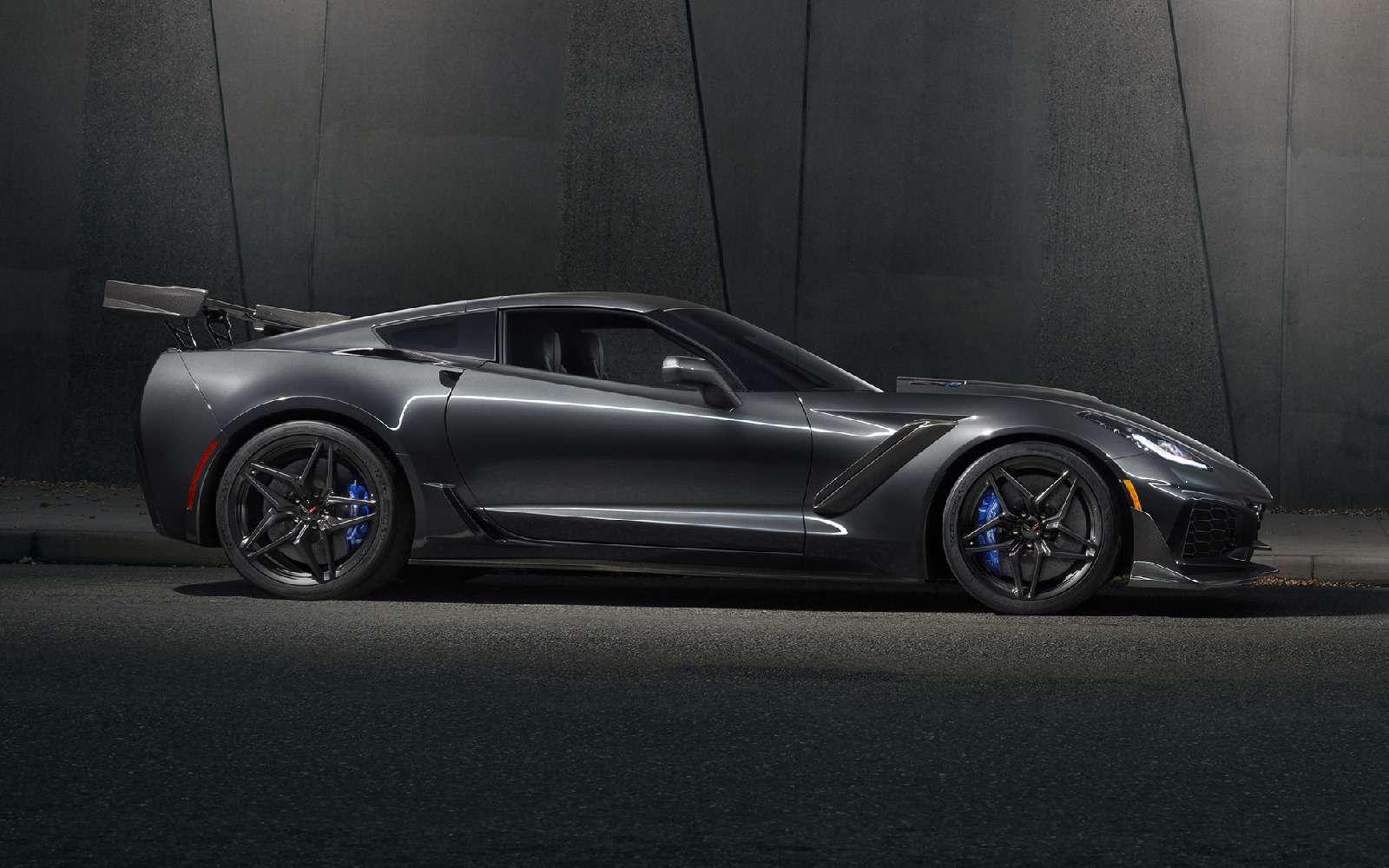 13радиаторов и766 лошадей: представлен самый крутой Corvette вистории— фото 815811