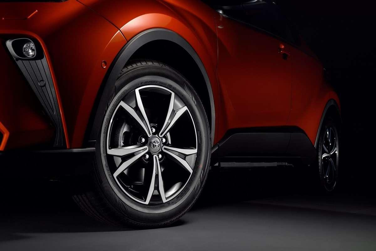 Обновленный Toyota C-HR: начался прием заказов— фото 1011937