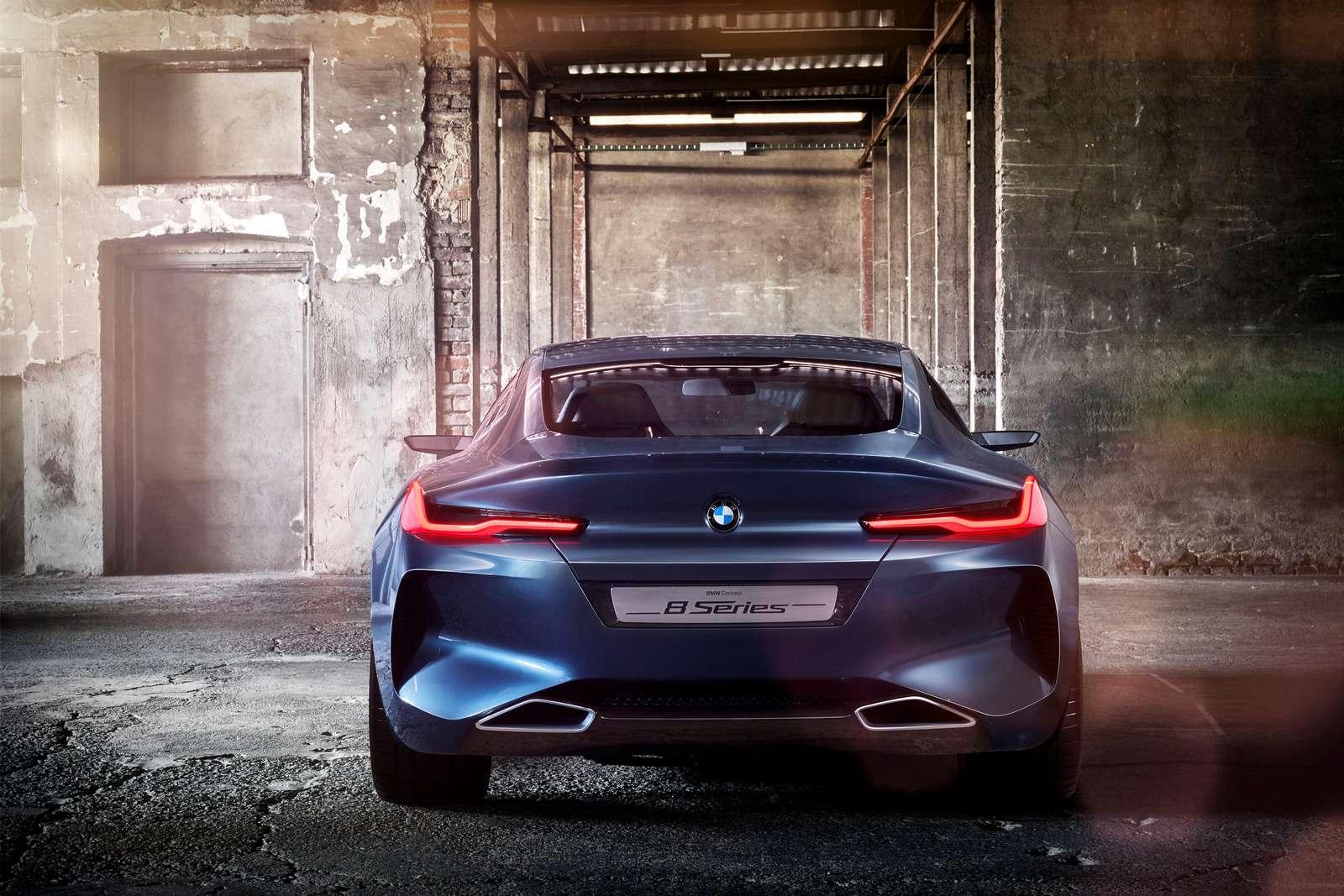 Великолепная «восьмерка»: новое купе BMW— теперь скристаллами!— фото 756646