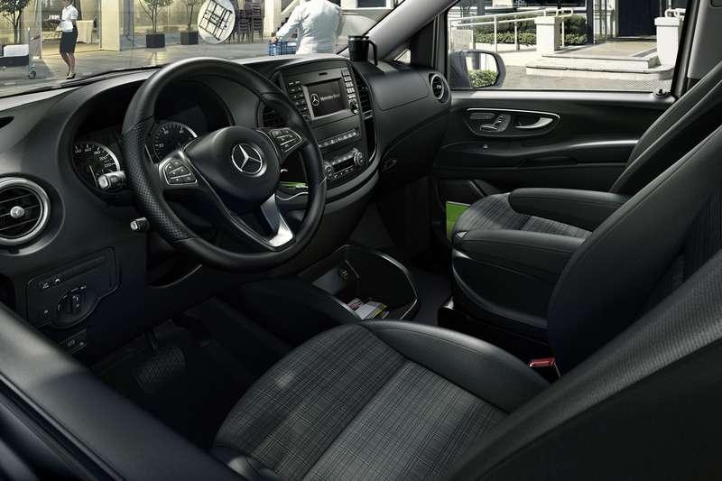 Mercedes-Benz-Vito-83